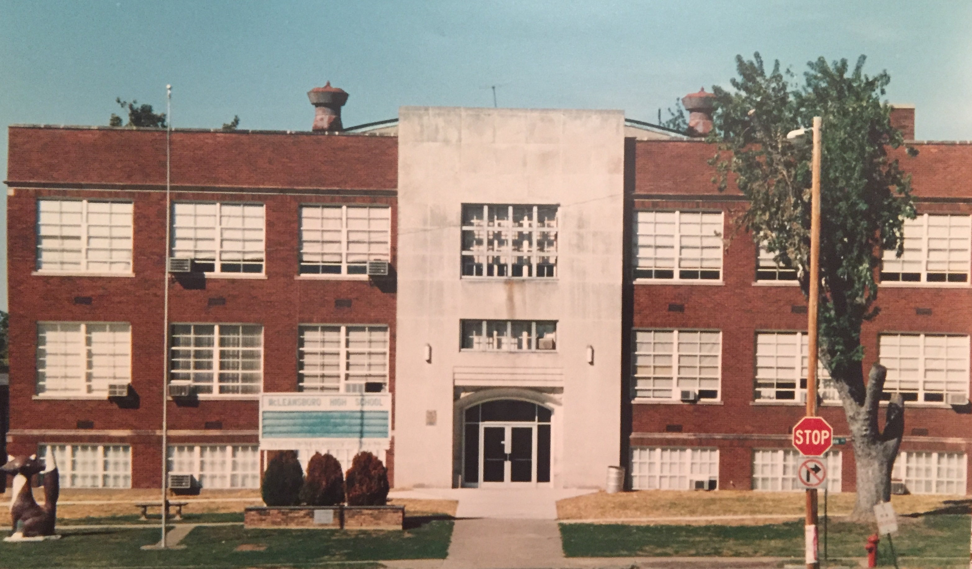 McLeansboro Township High School